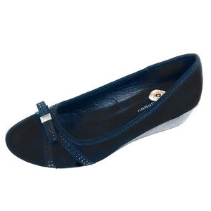 Chinese Laundry Womans Black Faux Suede Loafer 8M